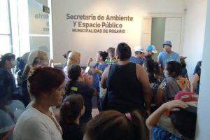 Concentración cartonera frente a la Secretaría de Ambiente y Espacio Público