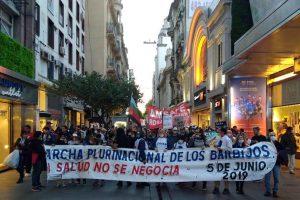 """Histórica """"marcha de los barbijos"""" en Rosario"""