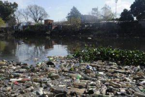 Presentan documental sobre contaminación, pobreza y desigualdad
