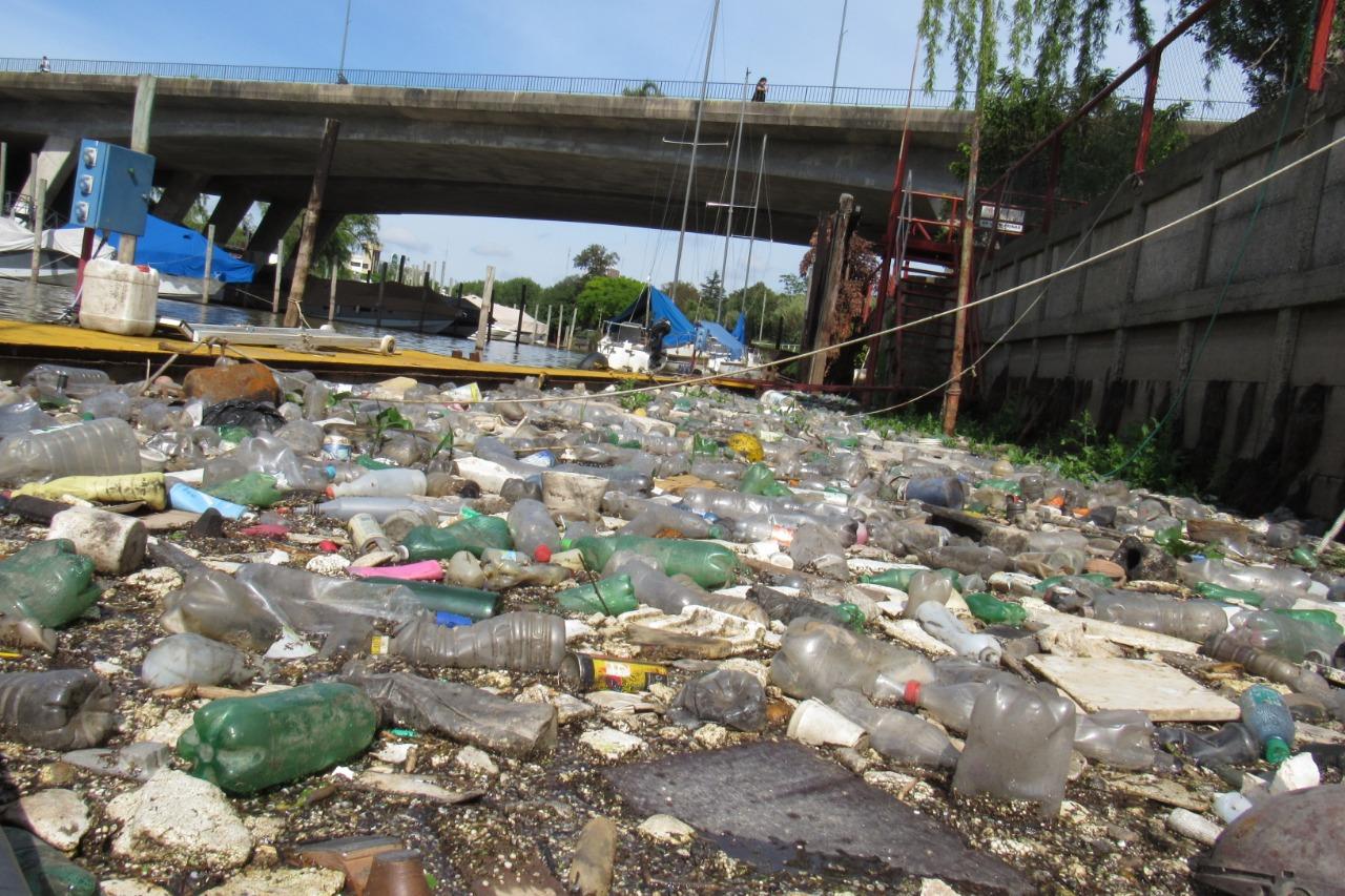 Taller Ecologista en la jornada pública sobre plásticos descartables