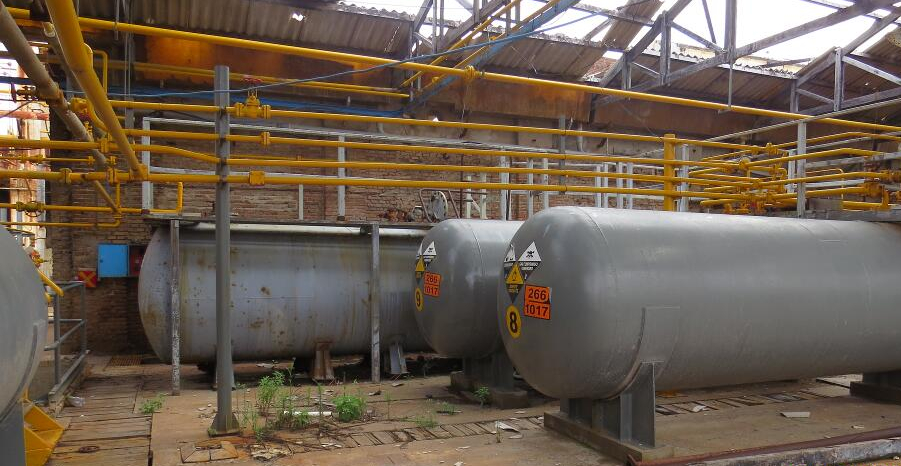 "Petroquímica Bermúdez S.A: ""Aún hay sustancias peligrosas"""